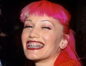 By the way, Gwen was 30 when she rocked these.